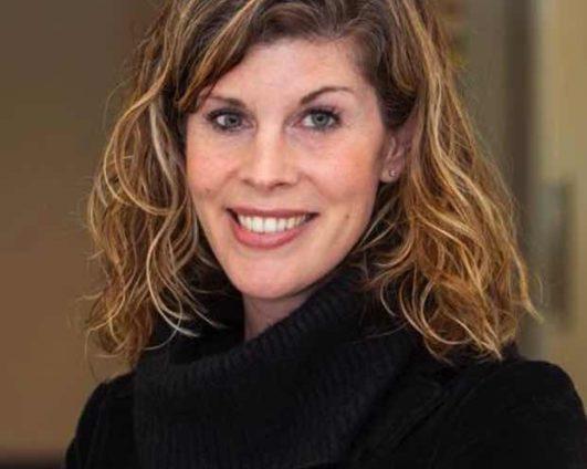 Dr. Lauren Woodward Tolle
